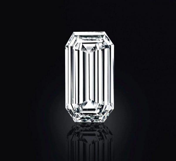 「Mirror of Paradise」鑽石,D色,內無瑕級,52.58克拉